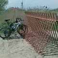 Firmowy stojak rowerowy #rower #rowyry #parking #stojak #gort #rowerowy #brama #bramy #kellys