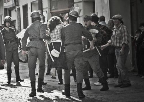http://przemysl-artfoto.socjum.pl/galeria/album/65 #DarekLichota #rekonstrukcja #Przemyśl #AMuryRuną #inscenizacja #WolneWybory