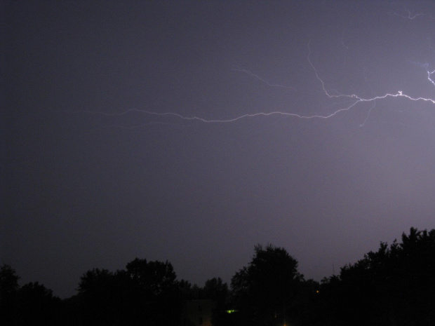#burza #natura #widok #widoki #ZjawiskaAtmosferyczne #błysk #piorun #grzmot #deszcz #pogoda