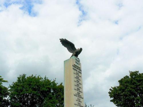 #Lomdyn #pomnik #Dywizjon303