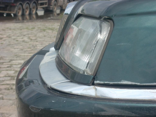 Dziób Alfy- bez fotoshopa, bez przerabiaczy. Bez maskowania znaków historii. #dziób #samochód #AlfaRomeo #Alfa164