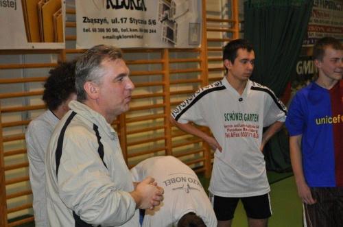 #WiesławCiepieleski #Trener #Zbąszynianka #PłomieńPrzyprostynia #KlubSportowy #HalaSportowa #Trening #PrzygotowaniaDoSezonu #DominikPukacki #MichałKostyra