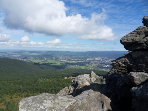 Widok na okolicę ze szczytu Jesteda #Czechy #góra #Jested #Liberec