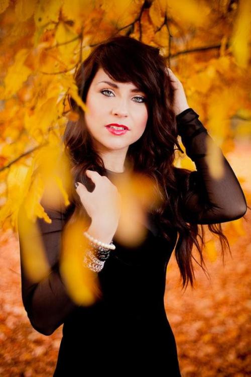 Karolina #kobieta #dziewczyna #portret #strobing #jesień #nikon #passiv #airking